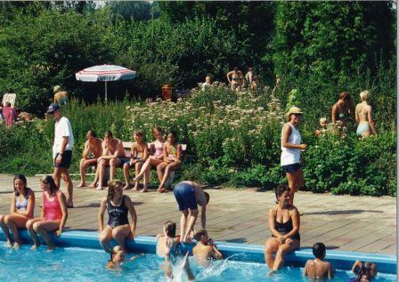 1997_zwembad_zomer2